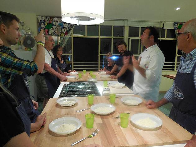 Walks of Italy, Walks of Italy Tour, Eat, Dine and Drink Wine, Rome, Cooking Classes in Rome, Pasta Making